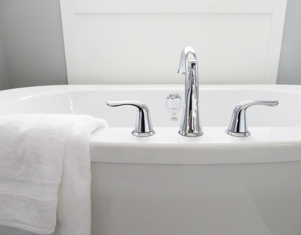 Giv badekarret en chance mere med maling af badekar